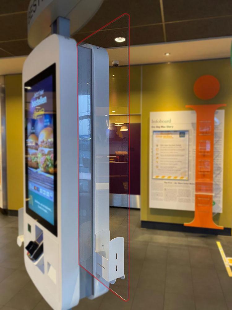 McDonald's Schutzwand für Bestell-Terminal